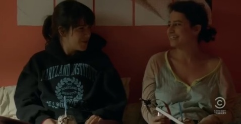 Comedy-Central-Broad-City-Abbi-Jacobson-and-Ilena-Glazer-as-Abbi-and-Ilena3
