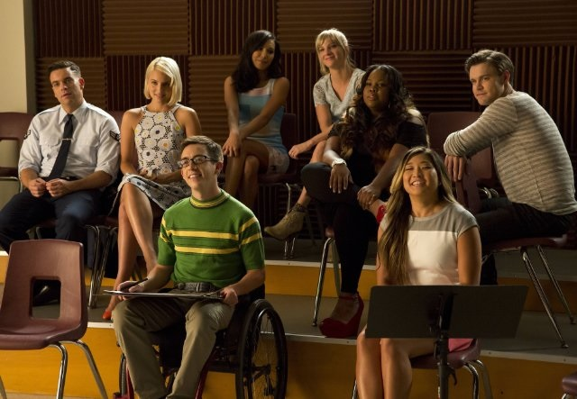 Fox-Glee-Special-Guest